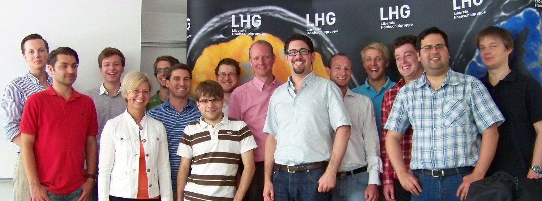 Gruppenbild mit Dr. Timm Kern MdL